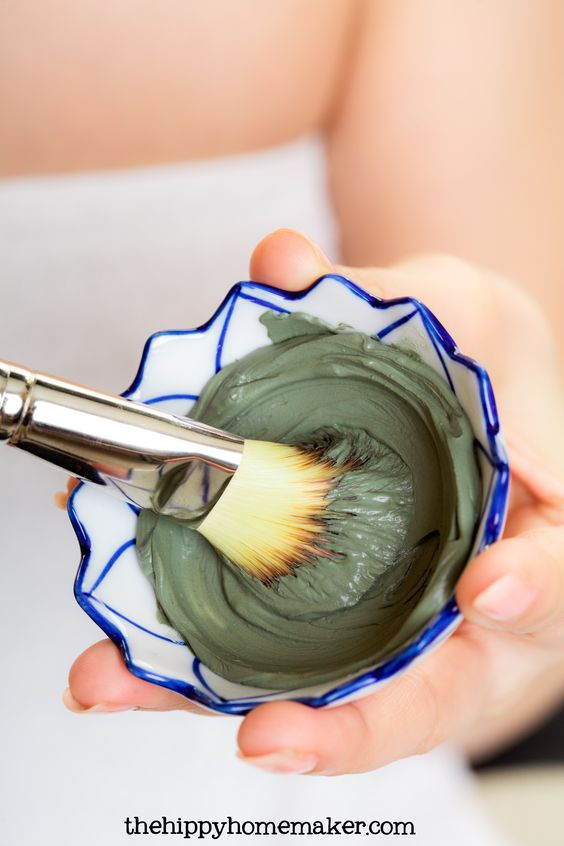 Combat Acne Effectively With The Hippy Homemaker's Acne Attack Herbal Clay Face Mask - thehippyhomemaker.com