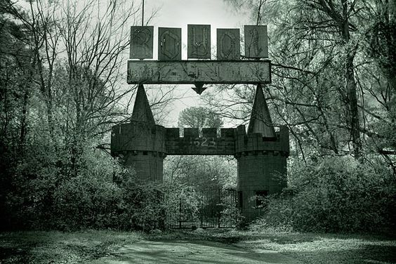 Abandoned Royal Land Amusement Park - Meridian, MS