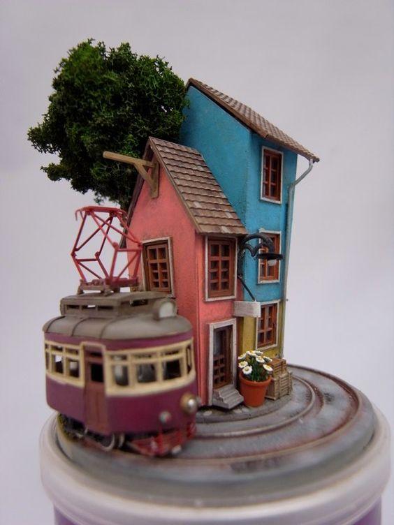 Tiny model railway. By MOROHOSHI Akihiro. O.MORO DESIGN. #model_railways #tram #diorama http://www.omorodesign.com/omoro_Site/Diorama/Diorama.html