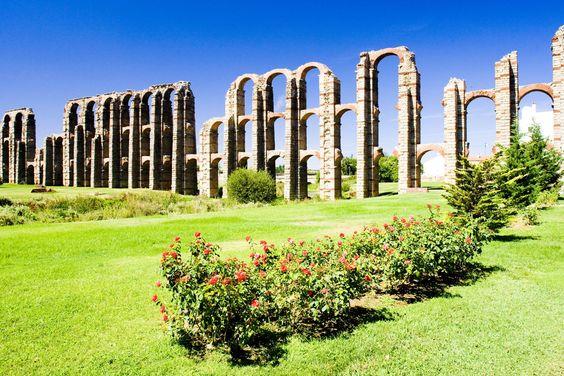 Sitios de España. Artículo Acueducto de los Milagros (Mérida)