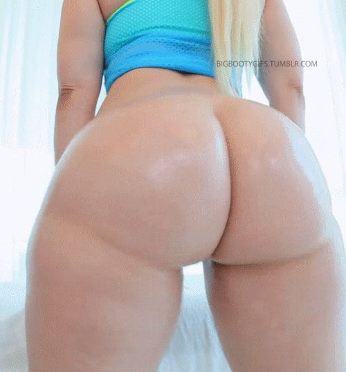 Amateur Loud White Girl