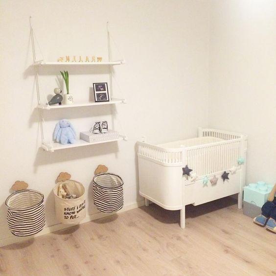Er i fuld gang med at indrette babyværelse Det er så hyggeligt at ...