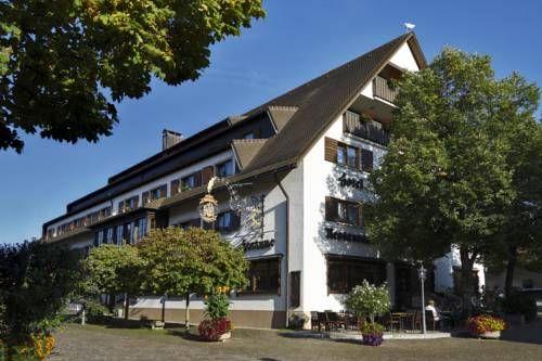 Hotel Fortuna (***)  LUCA FILIPPO AGOSTINIANI has just reviewed the hotel Hotel Fortuna in Kirchzarten - Germany #Hotel #Kirchzarten  http://www.cooneelee.com/en/hotel/Germany/Kirchzarten/Hotel-Fortuna/44551
