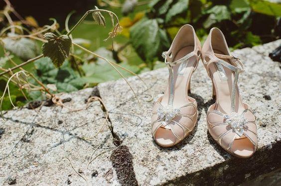 Zapatos de Novia de Rachel Simpson en EGOVOLO http://egovolo.com/tienda/rachel-simpson/849-sandalias-de-novia-mimosa-melocoton.html