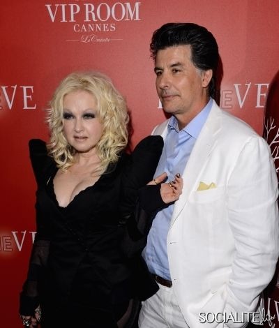 cyndi lauper husband david thornton cyndi lauper husband. Black Bedroom Furniture Sets. Home Design Ideas