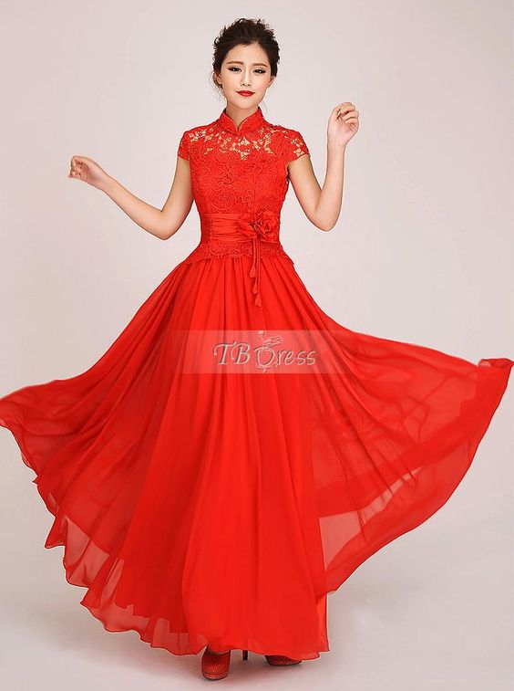 songs have been about this dress.( lady in red....)