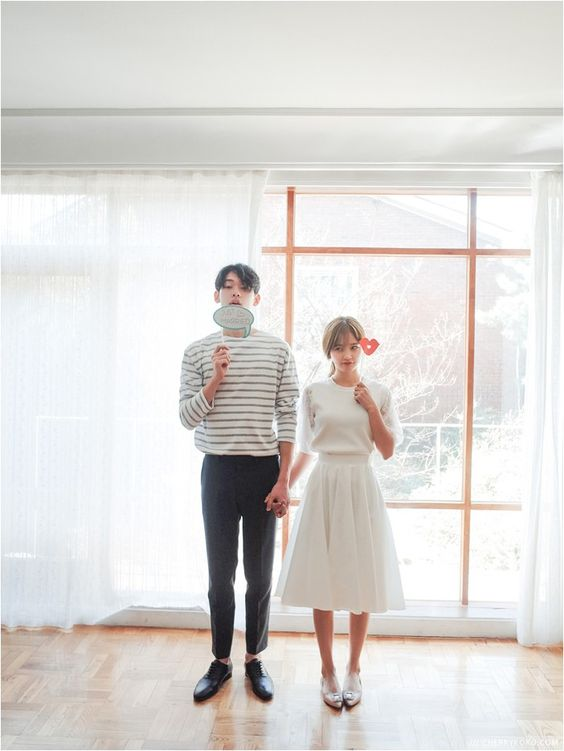 Simple Boat Tee | Korean Couple Fashion: