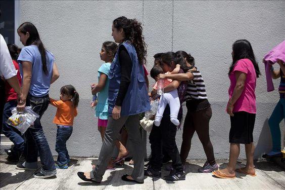 Trasladan a un millar de menores indocumentados a albergues de norte de Texas  http://www.elperiodicodeutah.com/2015/12/inmigracion/trasladan-a-un-millar-de-menores-indocumentados-a-albergues-de-norte-de-texas/