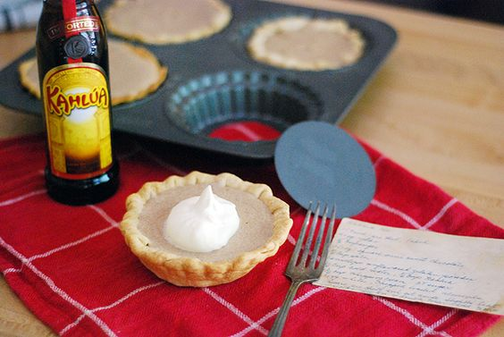 Kahlua pies!!! Making these!