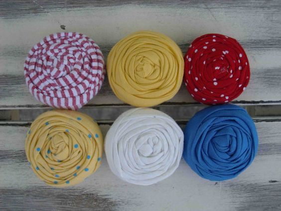 Snow White fabric rosettes by sugarsugarhigh on Etsy, $9.00