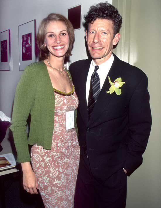 Pin for Later: 66 Couples de Célébrités Que Vous Aviez Totalement Oublié Julia Roberts et Lyle Lovett Julia et Lyle ont été mariés de 1993 à 1995.