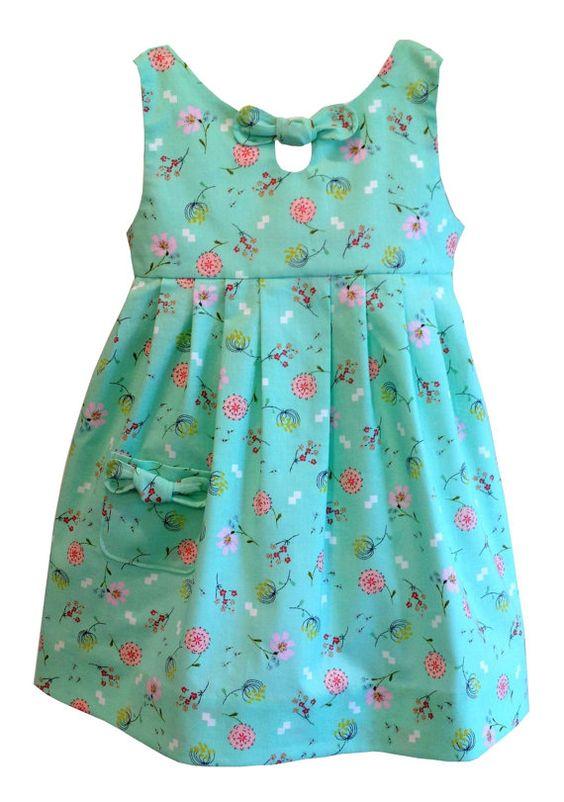 Patrón de vestido de las niñas, Maddie Lou Dress, dimensiones para adaptarse a las edades 2-6, descarga digital instantánea, cuadro 22 foto tutorial incluido