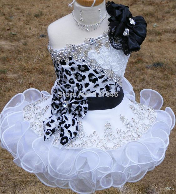 2014 New Glitz Pageant Dresses for Girls Toddler One shoulder Black and White Organza Beaded with Handmade Flowers $150.00