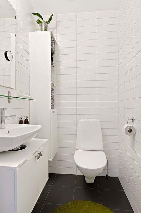 banheiro básico e moderno