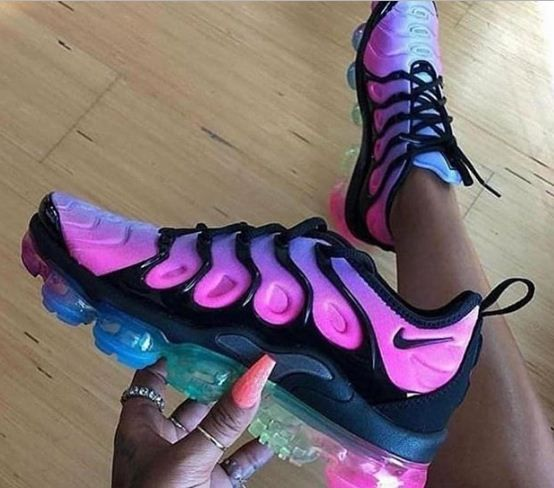 Obligar Por qué no Valle  Nike Vapormax Plus🔥 @JulianaRodriguez👑 | Sneakers fashion, Womens fashion  shoes, Women shoes