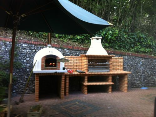 wood fired burning garden yard clay brick pizza bread oven bbq grill gardens ovens and. Black Bedroom Furniture Sets. Home Design Ideas