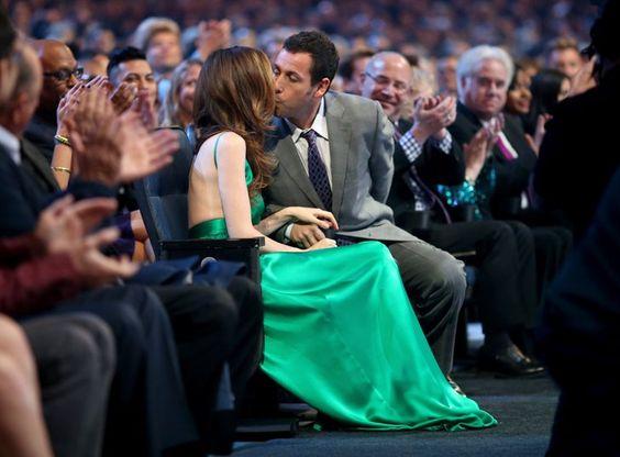 Pin for Later: Tous Les Moments des People's Choice Awards Que Vous Ne Verrez Pas à la Télé Adam Sandler et sa femme, Jackie