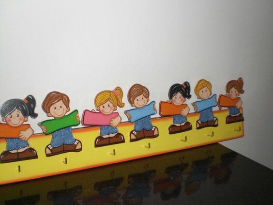 Perchero de preescolar mis dibujos mis trabajos en mdf - Perchero pared infantil ...