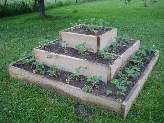 Vegetable Pallet Garden White Raised Strawberry Beds