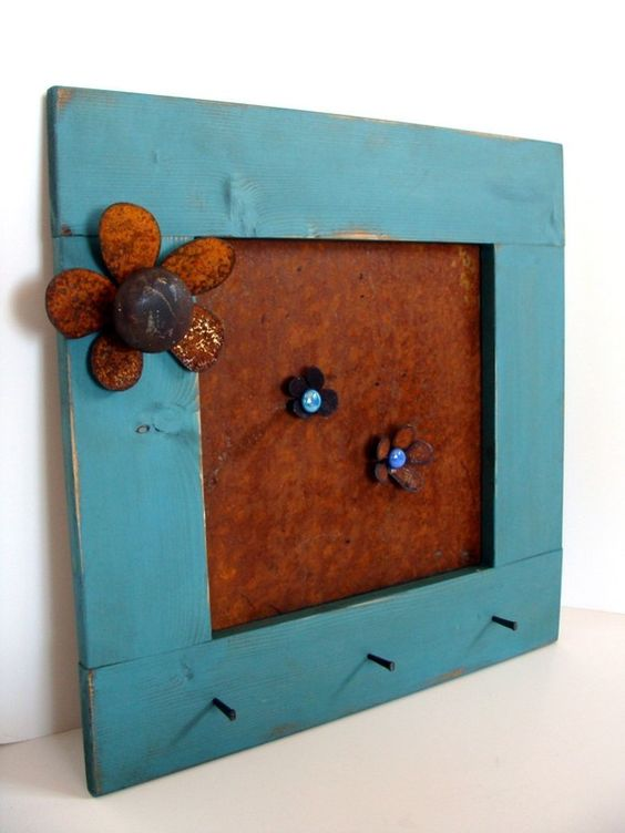 Rustic Metal Art Flower Recycled Vintage Door by baconsquarefarm, $60.00   I love it when people repurpose stufff and make it pretty...so clever.