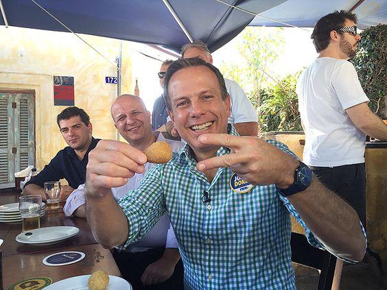 No terceiro dia de campanha oficial, Doria visitou uma feira de rua nos Jardins, bairro nobre da capital, acompanhado de candidatos a vereador como Mario Covas Neto, presidente municipal do PSDB que tenta a reeleição, e Léo Coutinho (PSDB).  Doria voltou a dizer que cobrirá o que não arrecadar em fundos para bancar a campanha, orçada em R$ 20 milhões, mas não disse quanto já aportou.  A campanha informou que o tesoureiro será Helio Duarte, ex-diretor do HSBC.