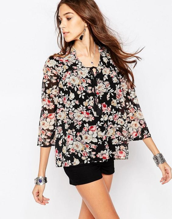 Only | Only Ewan Floral Cropped Boxy Blouse at ASOS
