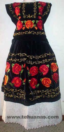 Tehuana! Estas son las costumbres tradicionalmente aceptadas o vestidos de las diversas regiones de México desde las generaciones pasadas hasta la actual