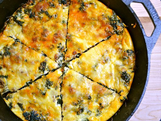 chorizo and kale breakfast fritatta (sub turkey sausage and spinach, add other veggies)