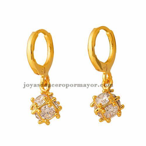 aretes de cristal de cubo en acero de dorado-BREGG93200