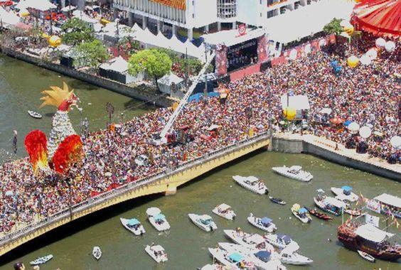 """* Recife * Pernambuco, Brasil. Carnaval do Recife. """"Bloco Galo da Madrugada""""."""