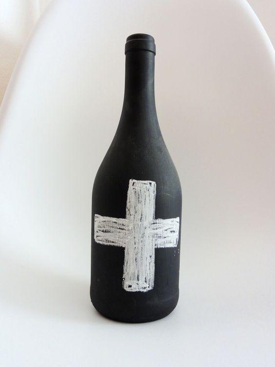 Flasche in Tafellack gehüllt  http://de.dawanda.com/shop/ideenpurzelbaeume