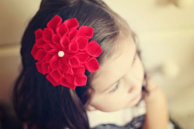 these flowers are hard and time consuming to make (ask me how I know) but I might just have to make a headband version!