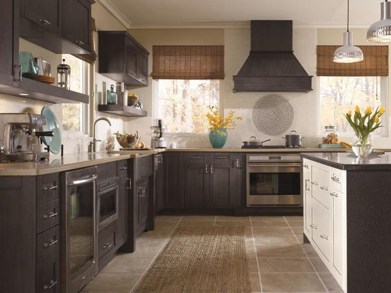 The Shaker cabinet-style inspired Pearson cabinet door style in ...