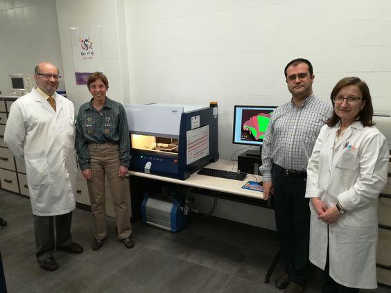 El Servicio de Difracción de Rayos X de la Universidad de Salamanca adquiere un sofisticado equipo para el análisis universal de materiales   Sala de Prensa