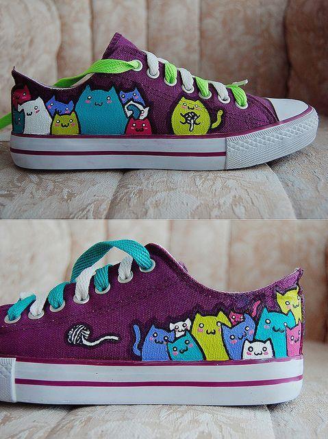 Kitty converse