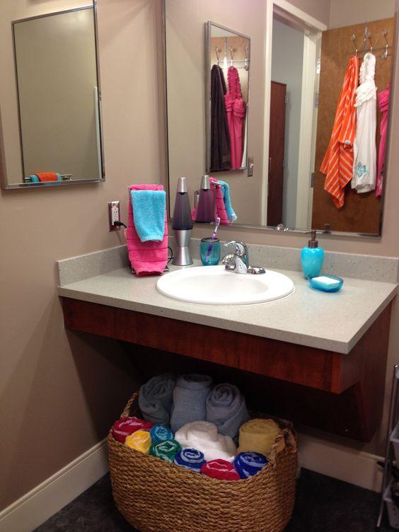 dorm bathroom extra storage and dorm on pinterest. Black Bedroom Furniture Sets. Home Design Ideas