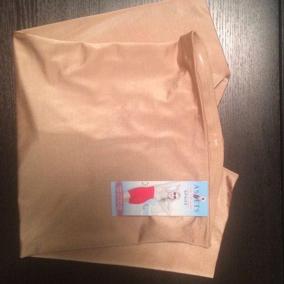 Spanx New with tags-size large-beige SPANX Intimates & Sleepwear Shapewear