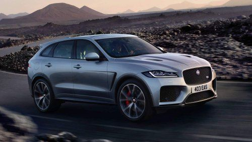 2019 Jaguar F Pace Svr Takes Ny By Storm With 550 Hp Supercharged V8 Jaguar Fpace Jaguar Suv Luxury Crossovers