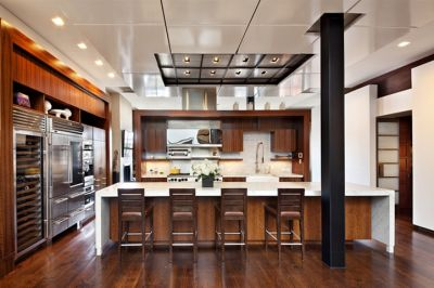 Love this kitchen in billionaire Leonard Stern's NYC penthouse. He's selling it for $17.25 Million!