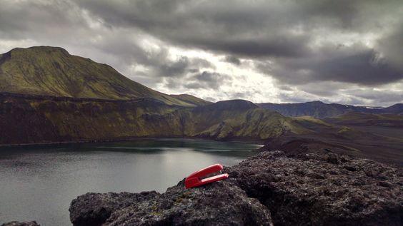 I stole my boss's red Swingline Stapler http://ift.tt/2ceLazH