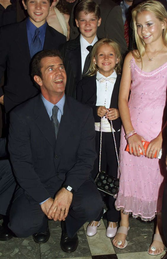 Mel Gibson Kinder