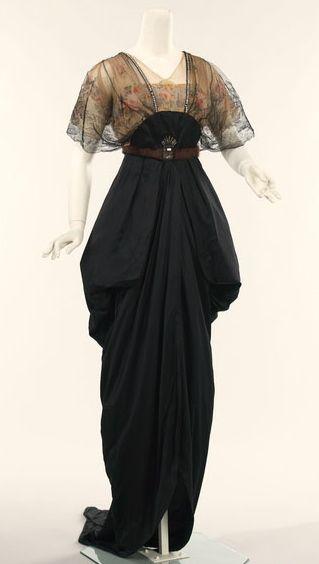 1910's evening/dinner dress.