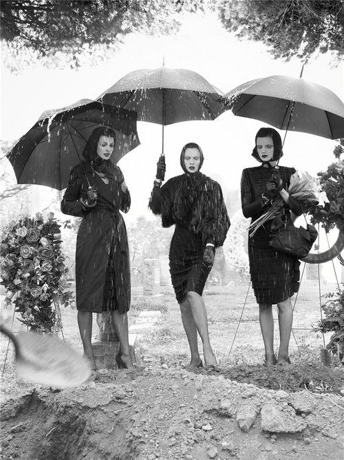 """""""Silent"""". Linda Evangelista, Karen Elson and Guinevere Van Seenus by Steven Meisel"""