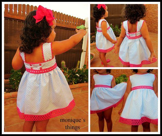 Vestido de niña de por Moniquesthingsshop en Etsy