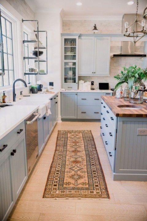 Glamour Farmhouse Home Decor Ideas On A Budget 24 In 2020 Kitchen Design Small Kitchen Renovation Modern Farmhouse Kitchens
