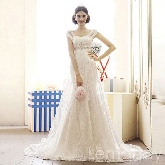 mermaid lace and tulle empire waist wedding by Lemandyweddingdress, $308.00
