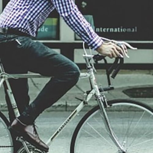 10 Tips For Cycling To Work In A Suit Without Causing A Stink