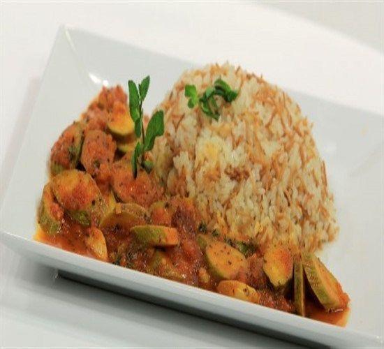 طريقة عمل الكوسة المطبوخة بوصفات سهلة Food Rice Grains