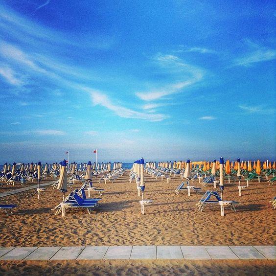 Rimini Beach. Everything in order - beach time! - Instagram by backpackersteve