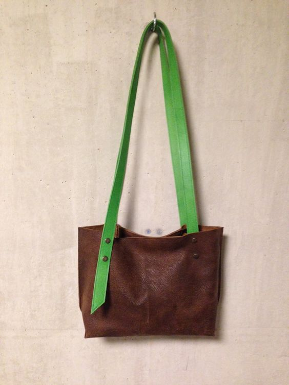 KP#1351 brown leather tote M; with double handles adjustable to wear as one crossover ; zipper pocket inside